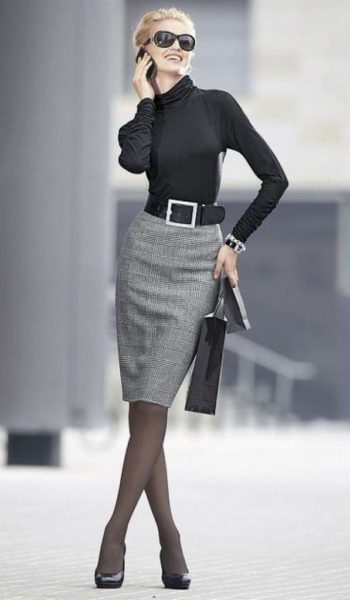 9c8628242115fefe697350eafd0b4837-hostess-outfits-classy-work-outfits-597x1024-1-350x600