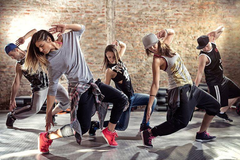 Hip-hop-tantsy-768x512-1