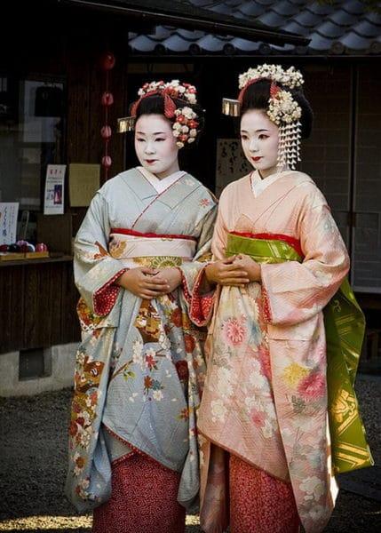Kimono-429x600