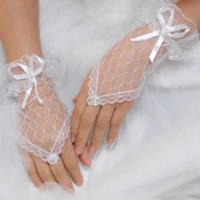 Osobennosti-i-pravila-prodazhi-svadebnogo-platya-400x400