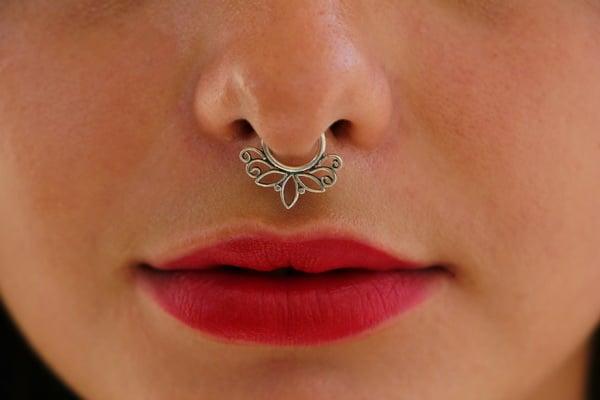 Silver-Fake-Septum-Tribal-Silver-Nose-Septum-Tribal-septum-For-Non-Pierced-Nose-NSFS09-3