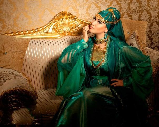 naryadnye-i-domashnie-musulmanskie-platya-84