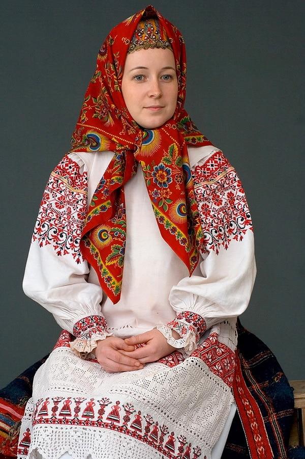 russkij-narodnyj-russkij-kostyum-13