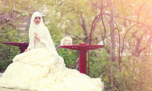 Musulmanskoe-svadebnoe-plate-500x300