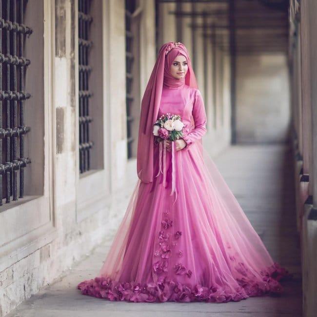 Musulmanskoe-svadebnoe-plate-A-silueta