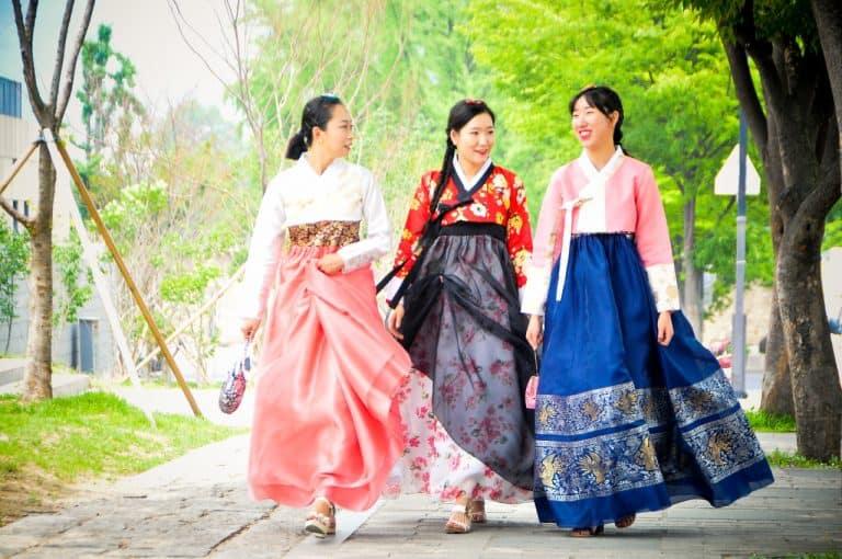 Ханбок: Корейский национальный костюм