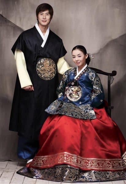 korejskie-narjadi-1-411x600