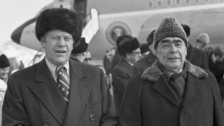 pizhikovie-shapki-sovetskoe-vremja-1