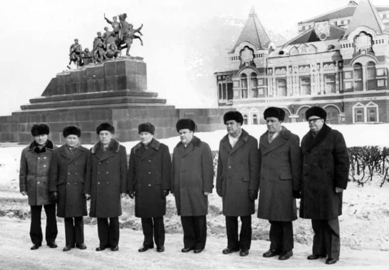 pizhikovie-shapki-sovetskoe-vremja-2