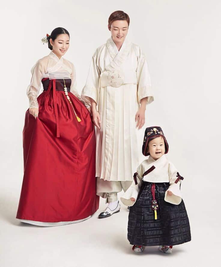 sovremennie-korejskie-modeli-1