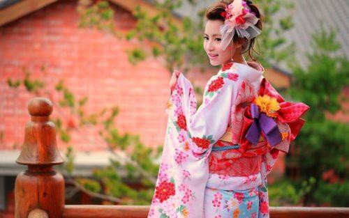 japonskoe-kimono-500x313