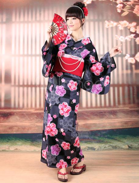 japonskoe-kimono-modeli-1-456x600