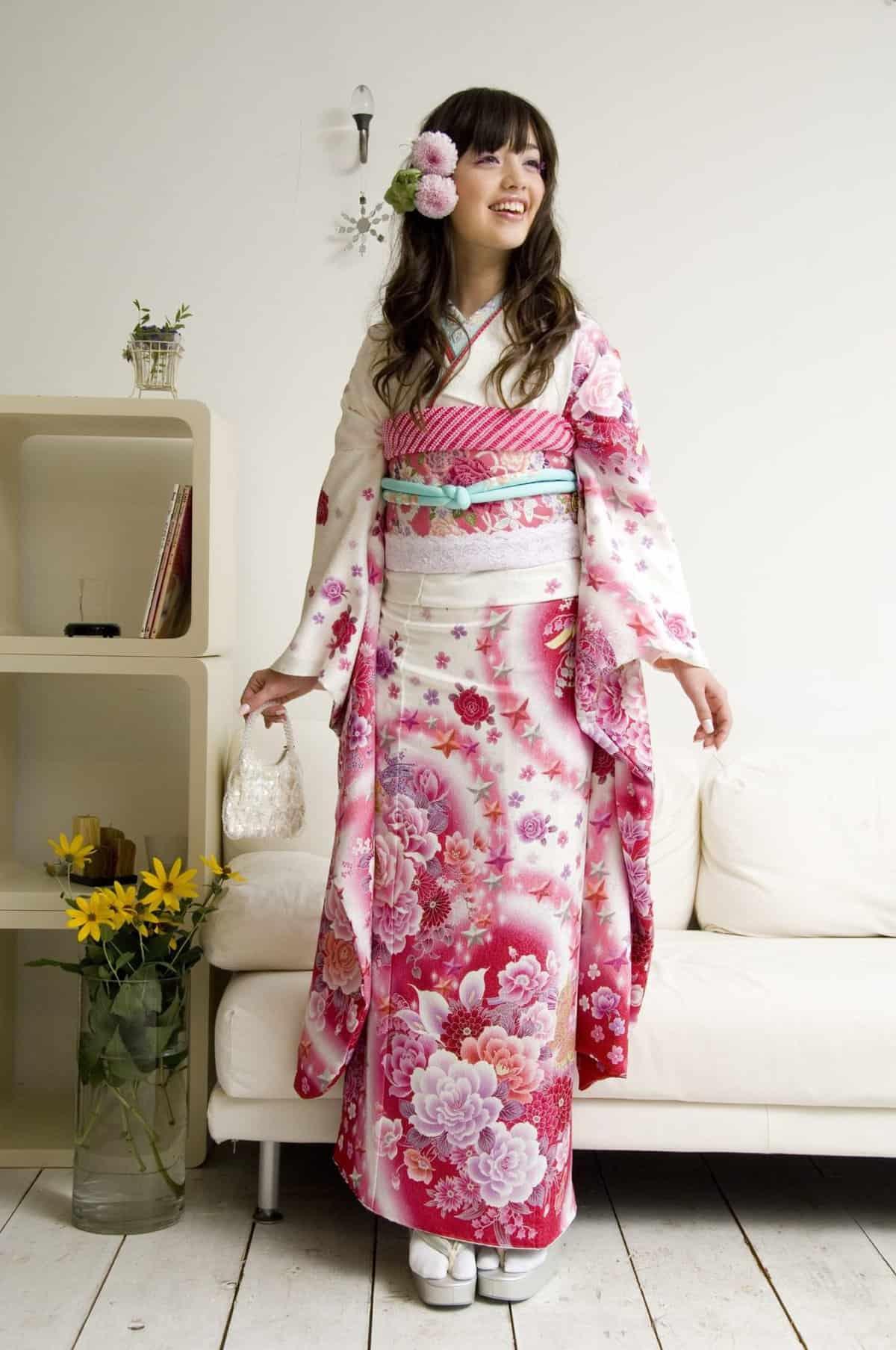 japonskoe-kimono-modeli-14