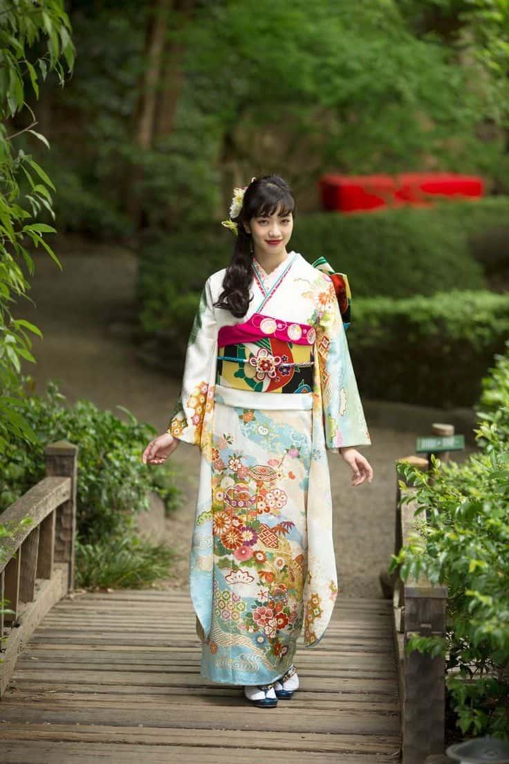 japonskoe-kimono-modeli-15