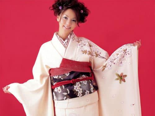 japonskoe-kimono-modeli-4-500x375