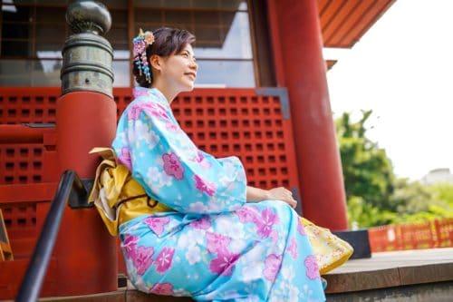 japonskoe-kimono-modeli-5-500x333